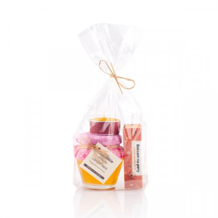 Gift set with protective lip balm